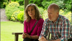 Jane Harris, Clive Gibbons in Neighbours Episode 8537