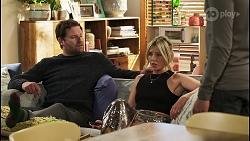 Shane Rebecchi, Amy Greenwood, Jay Rebecchi in Neighbours Episode 8538
