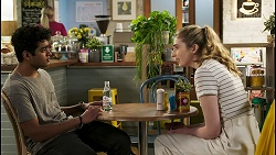 Jay Rebecchi, Mackenzie Hargreaves in Neighbours Episode 8538