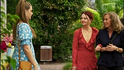 Chloe Brennan, Nicolette Stone, Jane Harris in Neighbours Episode 8542