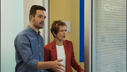 Curtis Perkins, Susan Kennedy in Neighbours Episode 8546