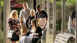Sheila Canning, Kyle Canning, Roxy Willis, Bea Nilsson, Levi Canning in Neighbours Episode 8547