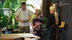 Kyle Canning, Sheila Canning, Roxy Willis in Neighbours Episode 8547