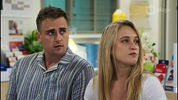 Kyle Canning, Roxy Willis in Neighbours Episode 8547