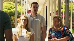 Levi Canning, Roxy Willis, Kyle Canning, Sheila Canning in Neighbours Episode 8548
