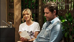 Amy Greenwood, Shane Rebecchi in Neighbours Episode 8549