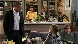 Paul Robinson, Nicolette Stone, Jane Harris, Emmett Donaldson, Brent Colefax in Neighbours Episode 8550