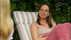 Roxy Willis, Bea Nilsson in Neighbours Episode 8552