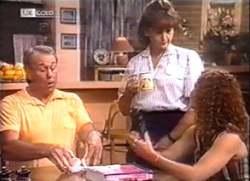 Doug Willis, Pam Willis, Cody Willis in Neighbours Episode 2111