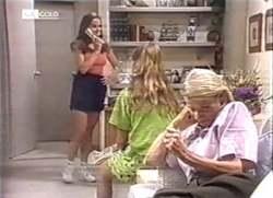 Julie Martin, Hannah Martin, Helen Daniels in Neighbours Episode 2111
