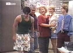 Rick Alessi, Lou Carpenter, Cheryl Stark, Danni Stark, Brett Stark in Neighbours Episode 2111