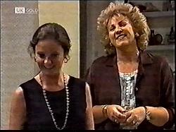 Julie Martin, Cheryl Stark in Neighbours Episode 2112