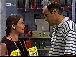 Julie Martin, Philip Martin in Neighbours Episode 2112