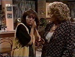 Pam Willis, Cheryl Stark in Neighbours Episode 2114