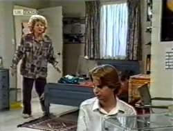 in Neighbours Episode 2121