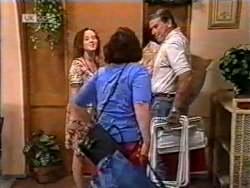 Cody Willis, Pam Willis, Doug Willis in Neighbours Episode 2122