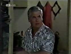 Lou Carpenter in Neighbours Episode 2125