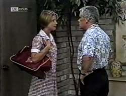 Danni Stark, Lou Carpenter in Neighbours Episode 2125