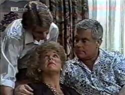 Brett Stark, Cheryl Stark, Lou Carpenter in Neighbours Episode 2125