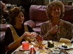 Pam Willis, Cheryl Stark in Neighbours Episode 2133