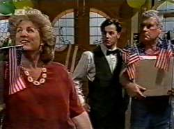 Cheryl Stark, Rick Alessi, Lou Carpenter in Neighbours Episode 2133
