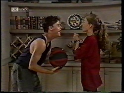 Michael Martin, Debbie Martin in Neighbours Episode 2135