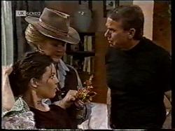 Gaby Willis, Cheryl Stark, Doug Willis in Neighbours Episode 2135
