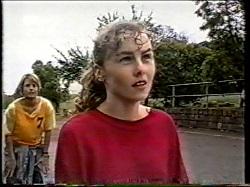 Danni Stark, Debbie Martin in Neighbours Episode 2135