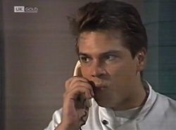 Mark Gottlieb in Neighbours Episode 2137