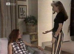 Cody Willis, Debbie Martin in Neighbours Episode 2137