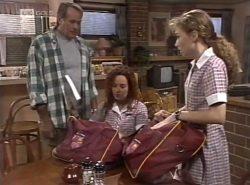 Doug Willis, Cody Willis, Debbie Martin in Neighbours Episode 2137
