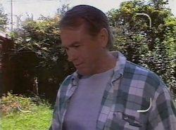 Doug Willis in Neighbours Episode 2137