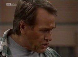 Doug Willis in Neighbours Episode 2138
