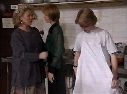 Cheryl Stark, Danni Stark, Brett Stark in Neighbours Episode 2138