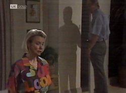 Helen Daniels, Len Mangel in Neighbours Episode 2139