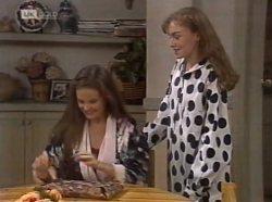 Julie Martin, Debbie Martin in Neighbours Episode 2139