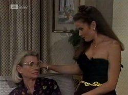 Helen Daniels, Julie Martin in Neighbours Episode 2139