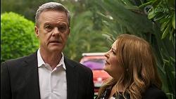 Paul Robinson, Terese Willis in Neighbours Episode 8553