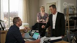 Toadie Rebecchi, Mackenzie Hargreaves, Paul Robinson in Neighbours Episode 8553