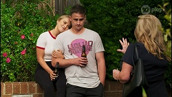 Roxy Willis, Kyle Canning, Sheila Canning in Neighbours Episode 8554