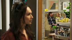 Dipi Rebecchi, Shane Rebecchi, Amy Greenwood in Neighbours Episode 8555