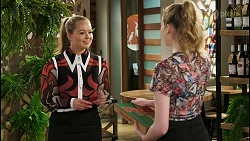 Harlow Robinson, Mackenzie Hargreaves in Neighbours Episode 8555