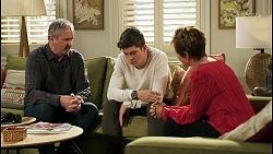 Karl Kennedy, Hendrix Greyson, Susan Kennedy in Neighbours Episode 8555