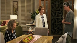 Jane Harris, Susan Kennedy, Hendrix Greyson in Neighbours Episode 8557