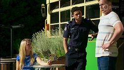 Roxy Willis, Levi Canning, Kyle Canning in Neighbours Episode 8559