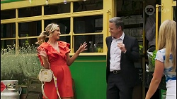 Amy Greenwood, Paul Robinson, Roxy Willis in Neighbours Episode 8559