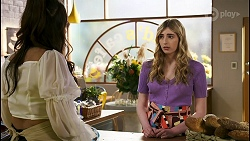Dipi Rebecchi, Mackenzie Hargreaves in Neighbours Episode 8560