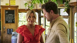 Amy Greenwood, Shane Rebecchi in Neighbours Episode 8560