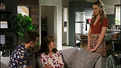 Aaron Brennan, Fay Brennan, Chloe Brennan in Neighbours Episode 8562