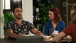 Aaron Brennan, Nicolette Stone, Chloe Brennan in Neighbours Episode 8563